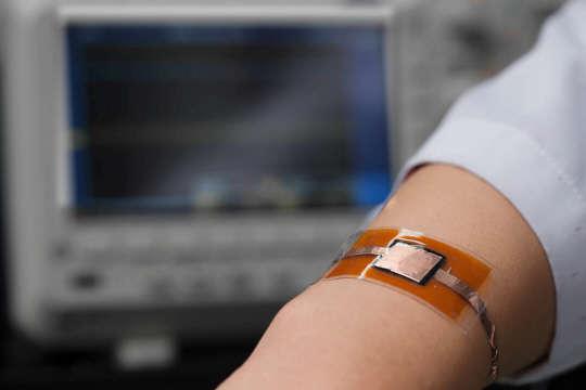 소리까지 듣는 인공 전자피부 국내서 첫 개발